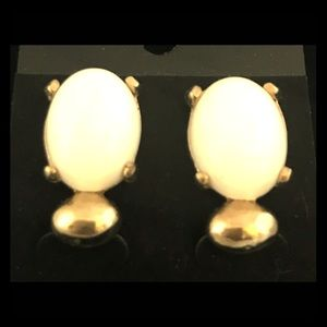 VINTAGE Earrings Oval White Stone In Goldtone
